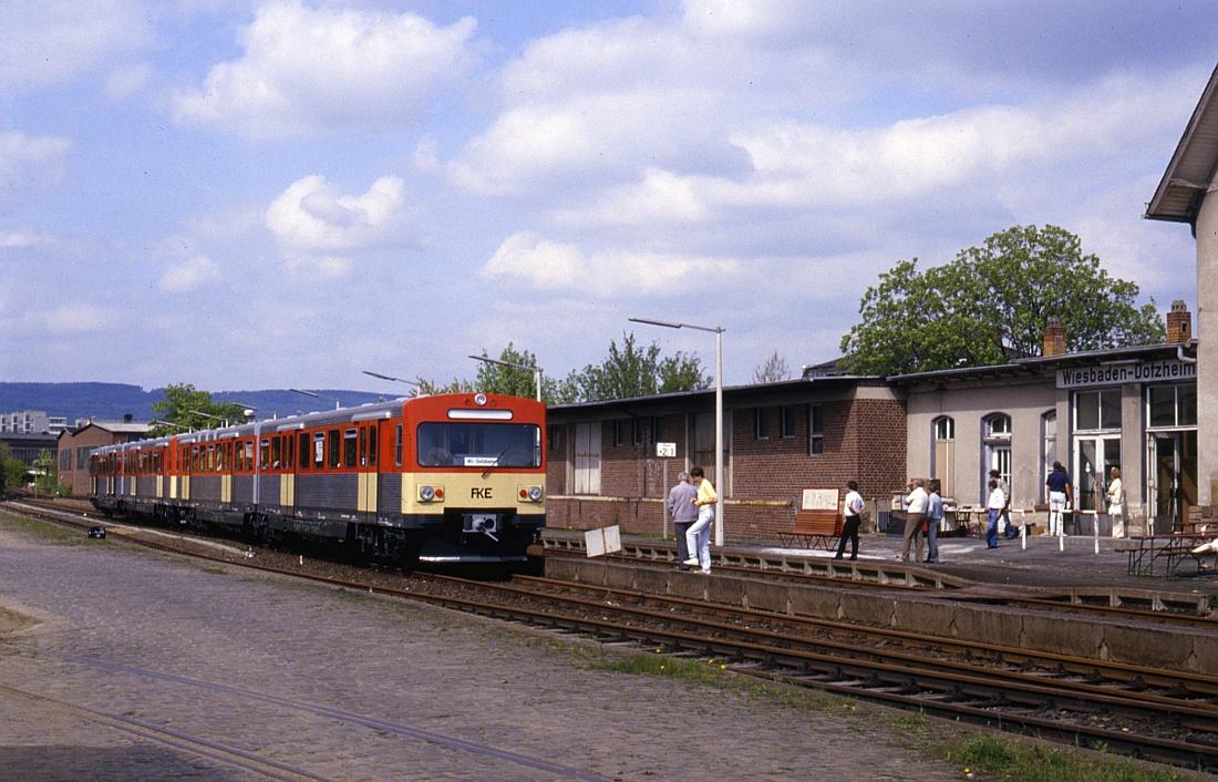 http://www.onkel-wom.de/bilder/db_aartalbahn/aartal_02-107.jpg
