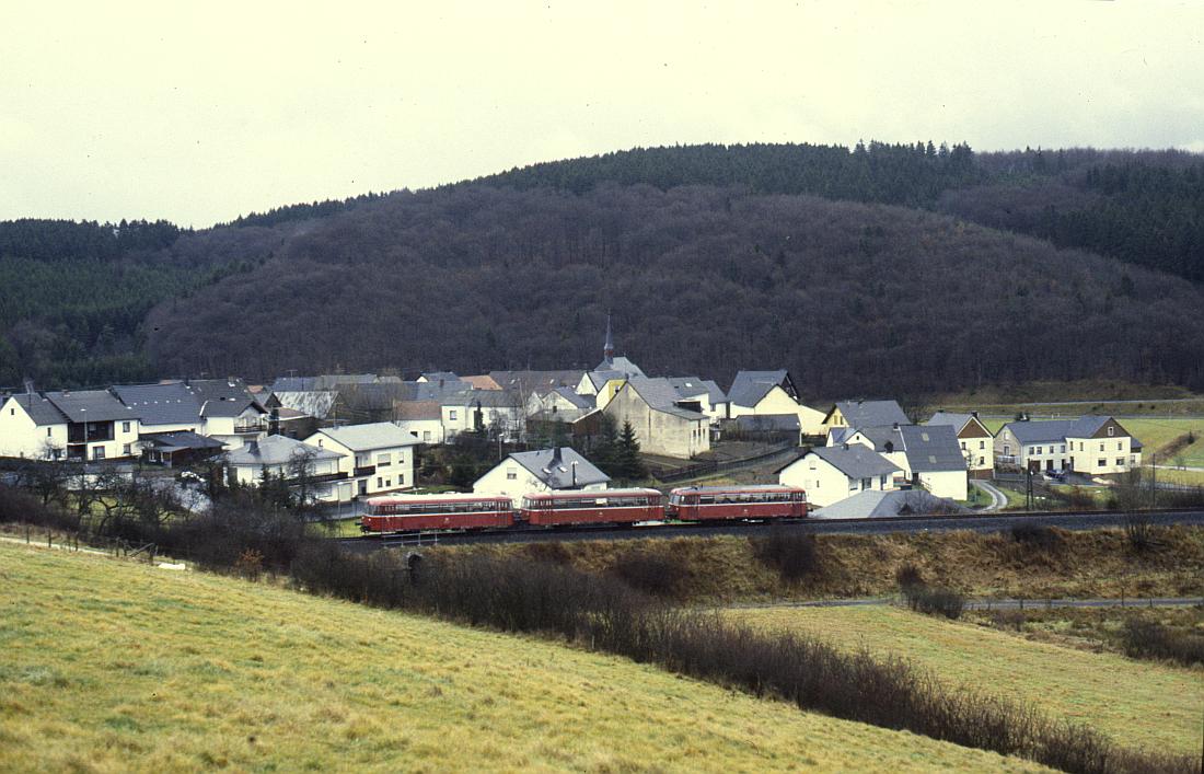 http://www.onkel-wom.de/bilder/db_andernach-gerolstein/eqb_01-104.jpg