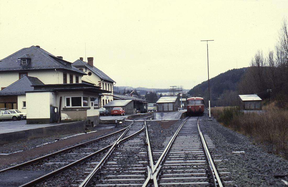 http://www.onkel-wom.de/bilder/db_andernach-gerolstein/eqb_01-106.jpg