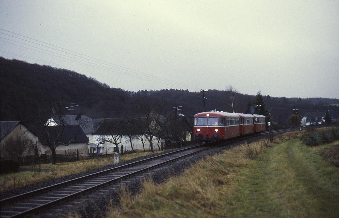 http://www.onkel-wom.de/bilder/db_andernach-gerolstein/eqb_01-113.jpg