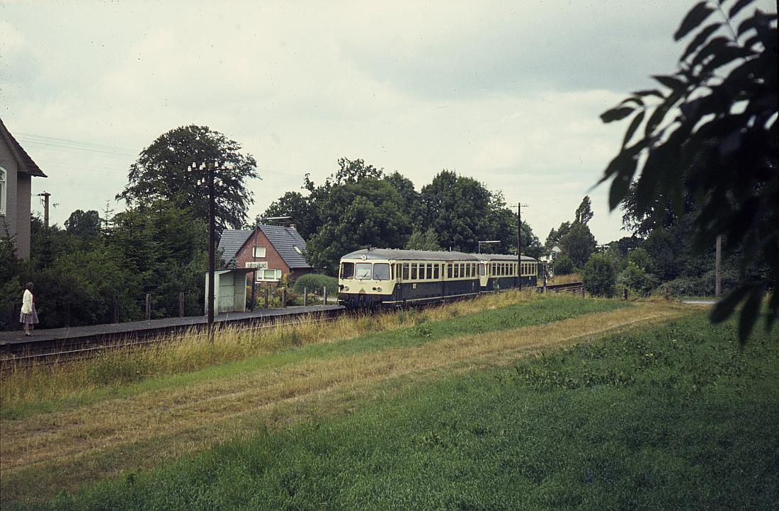 http://www.onkel-wom.de/bilder/db_badoldesloe-neumuenster/oldes-nem_01-102.jpg