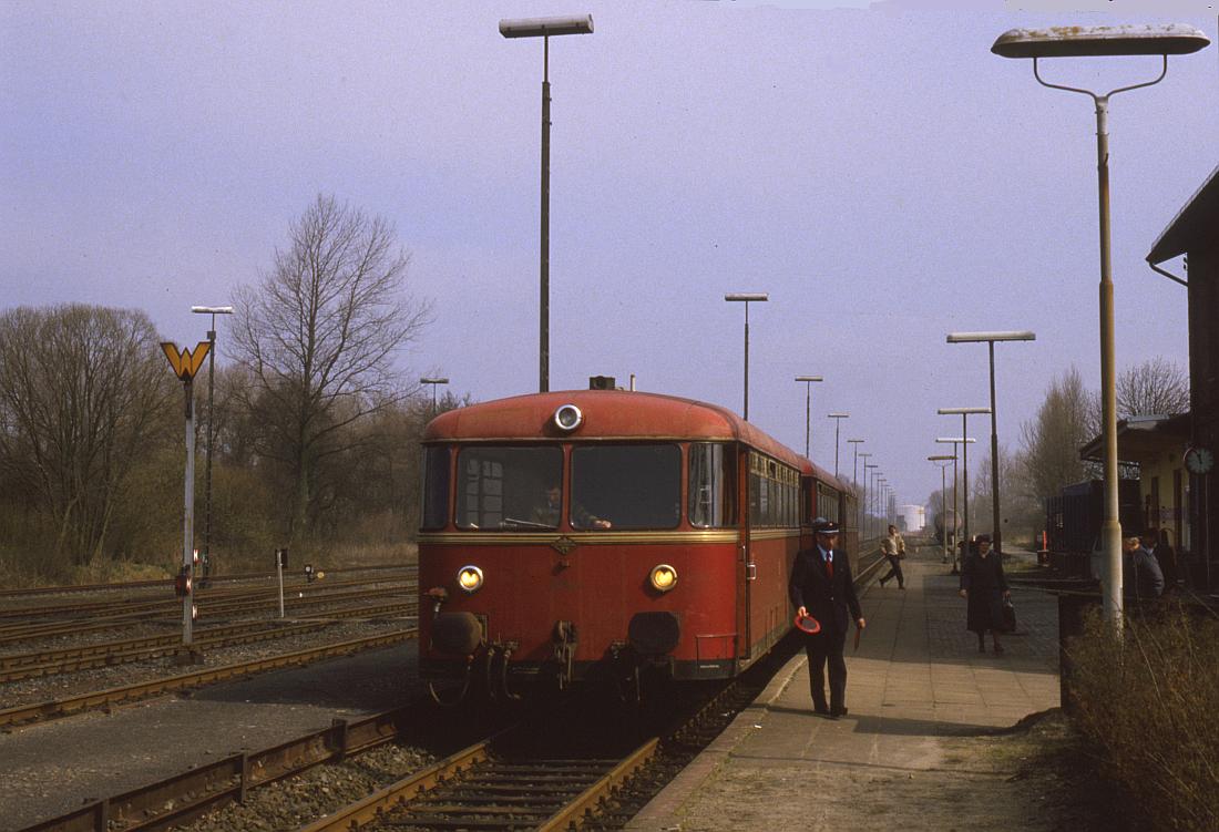 http://www.onkel-wom.de/bilder/db_wilster-brunsbuettel/wils-brun_01-108.jpg