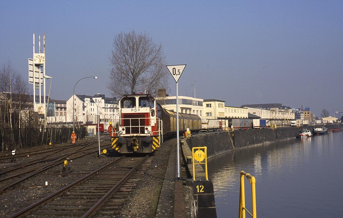http://www.onkel-wom.de/bilder/hafenbahn_frankfurt/haba_f_06-104.jpg