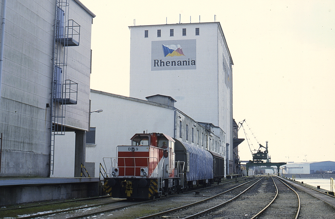 http://www.onkel-wom.de/bilder/hafenbahn_frankfurt/haba_f_06-109.jpg