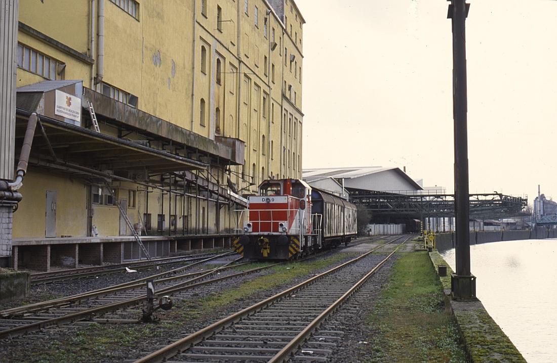 http://www.onkel-wom.de/bilder/hafenbahn_frankfurt/haba_f_06-114.jpg
