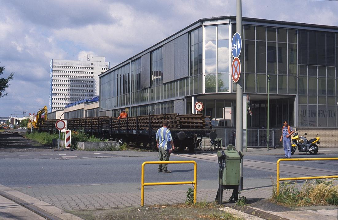 http://www.onkel-wom.de/bilder/hafenbahn_frankfurt/haba_f_09-109.jpg