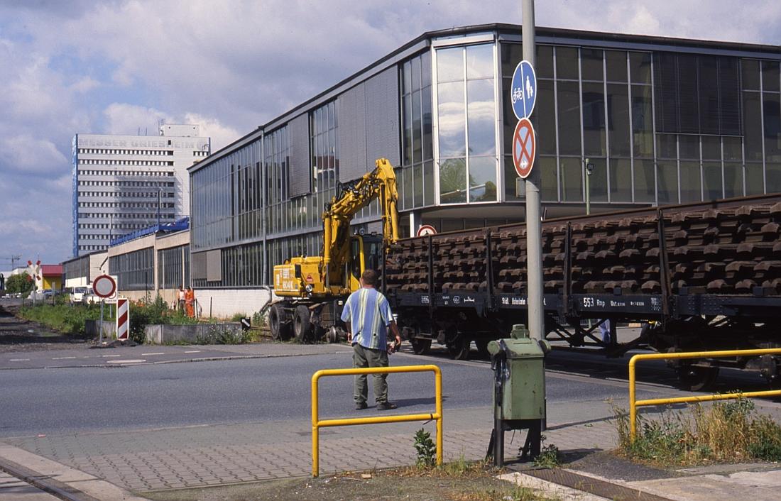 http://www.onkel-wom.de/bilder/hafenbahn_frankfurt/haba_f_09-110.jpg