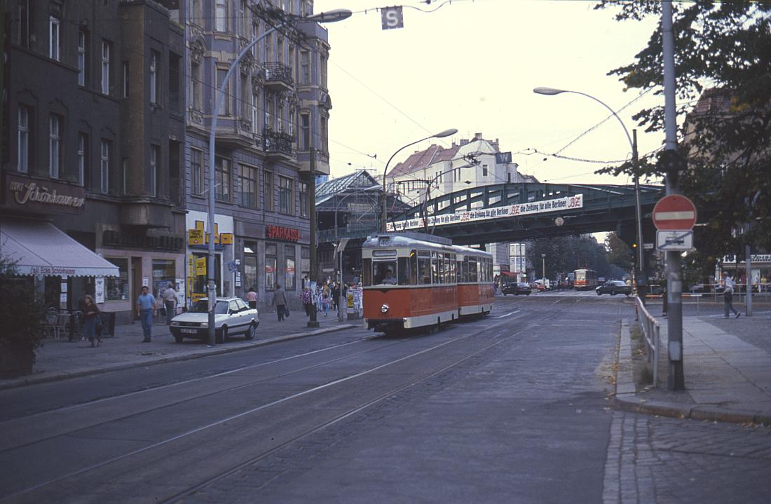 http://www.onkel-wom.de/bilder/straba_berlin/straba_b_09-107.jpg