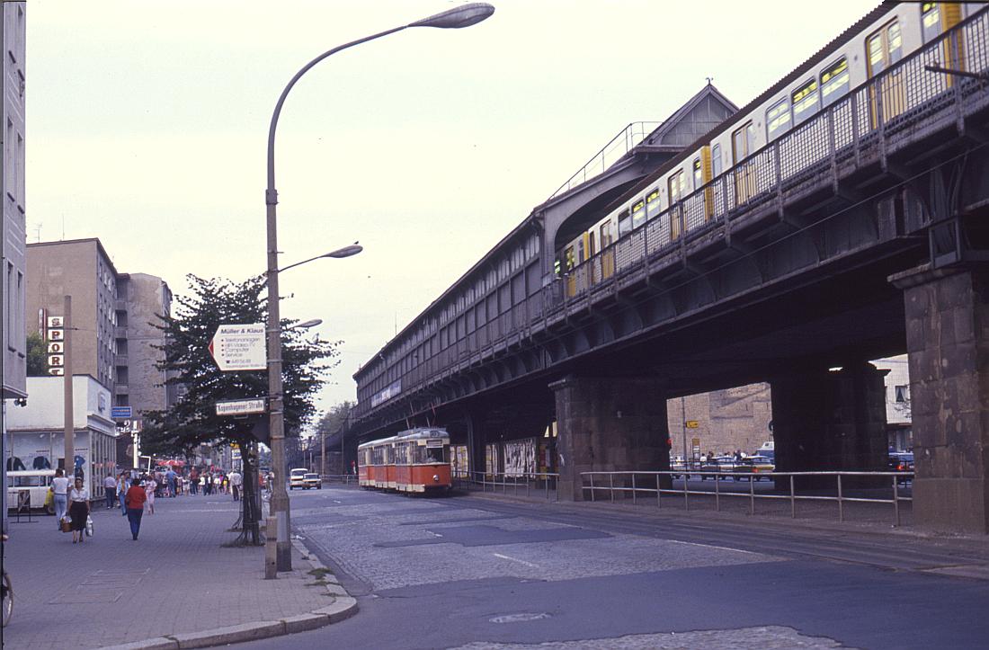 http://www.onkel-wom.de/bilder/straba_berlin/straba_b_09-108.jpg