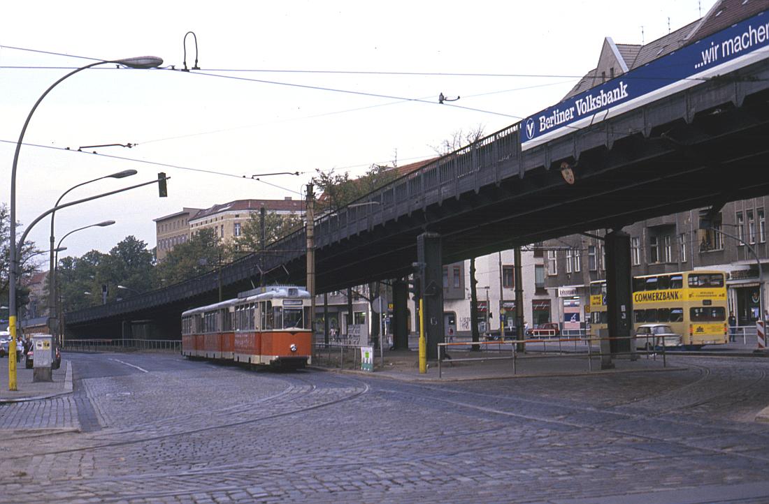 http://www.onkel-wom.de/bilder/straba_berlin/straba_b_09-109.jpg