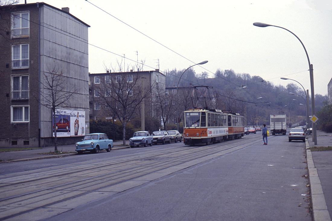 http://www.onkel-wom.de/bilder/straba_berlin/straba_b_09-114.jpg