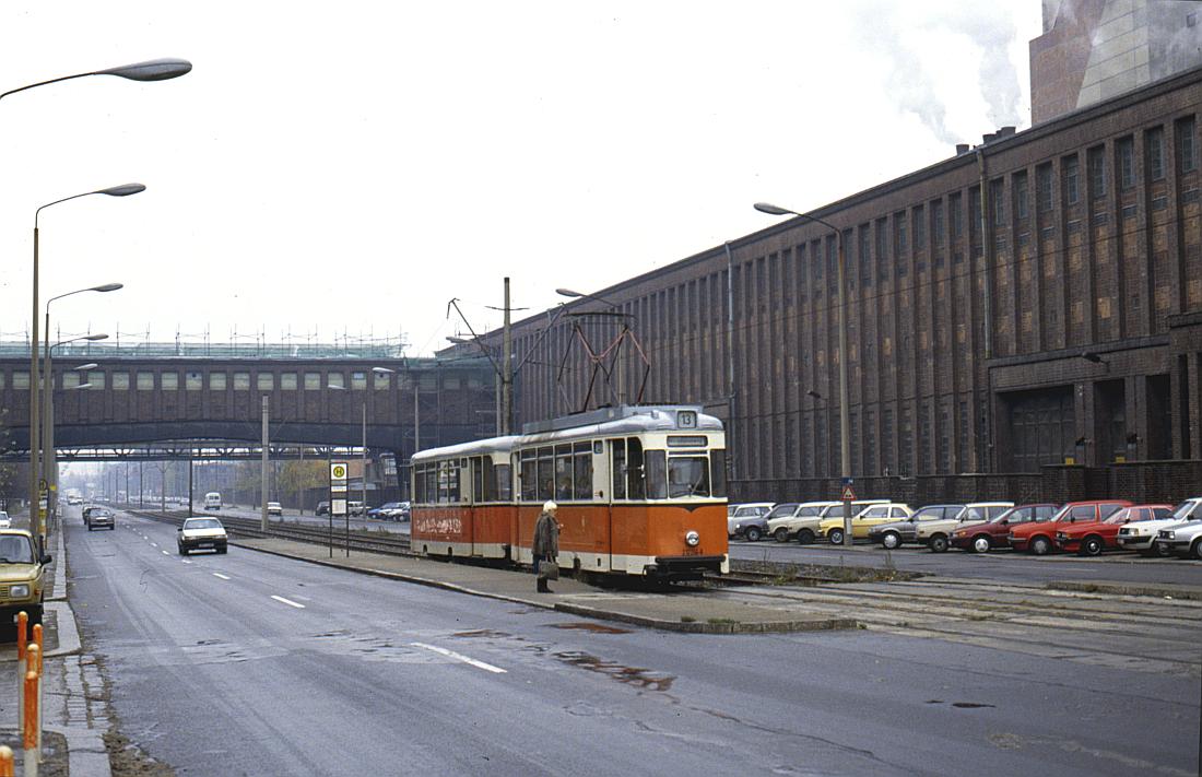 http://www.onkel-wom.de/bilder/straba_berlin/straba_b_09-119.jpg