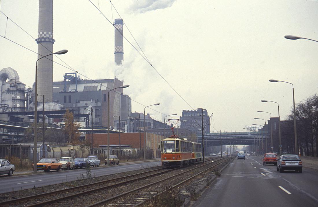http://www.onkel-wom.de/bilder/straba_berlin/straba_b_09-122.jpg