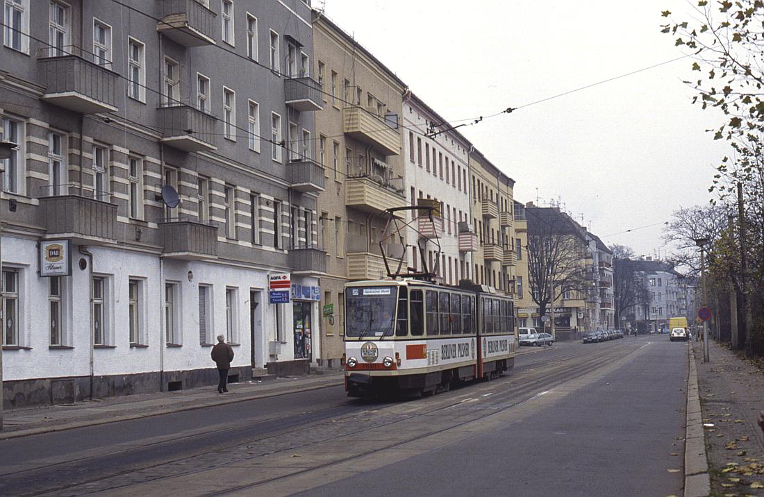 http://www.onkel-wom.de/bilder/straba_berlin/straba_b_09-124.jpg