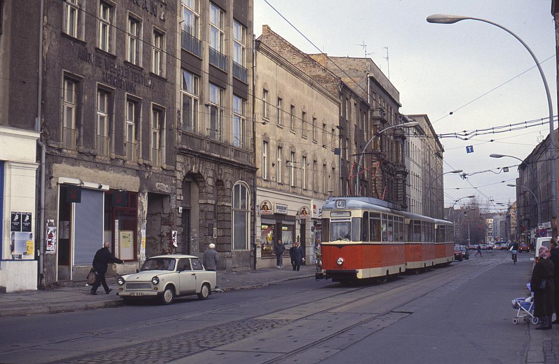 http://www.onkel-wom.de/bilder/straba_berlin/straba_b_09-129.jpg