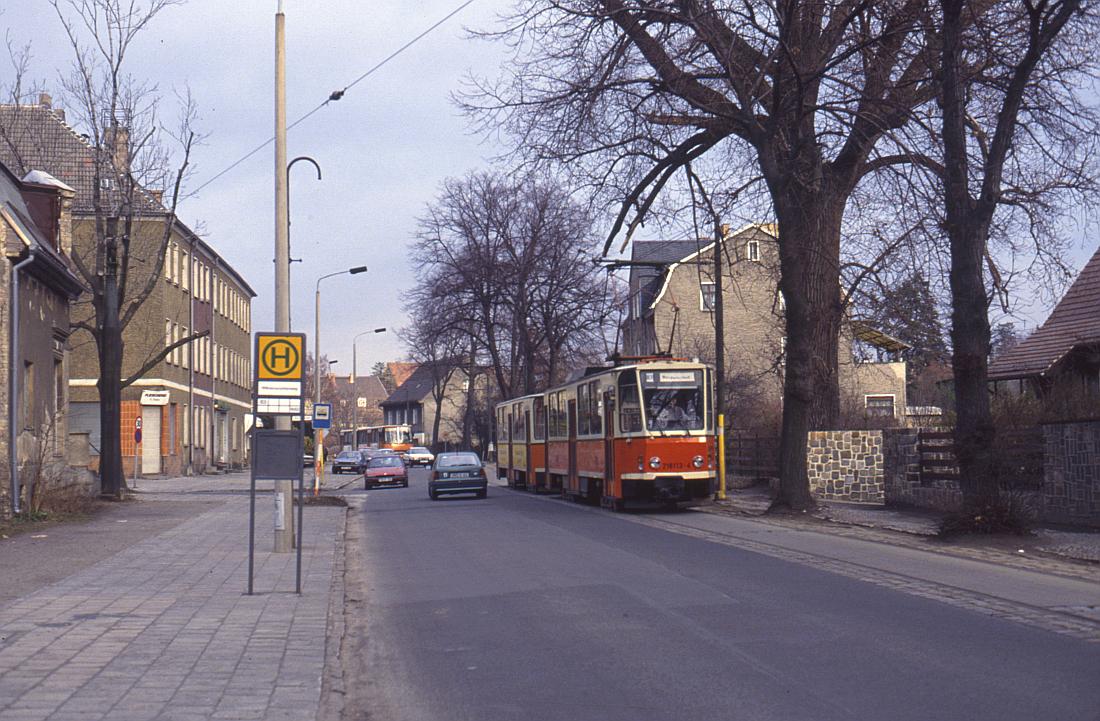 http://www.onkel-wom.de/bilder/straba_berlin/straba_b_09-135.jpg