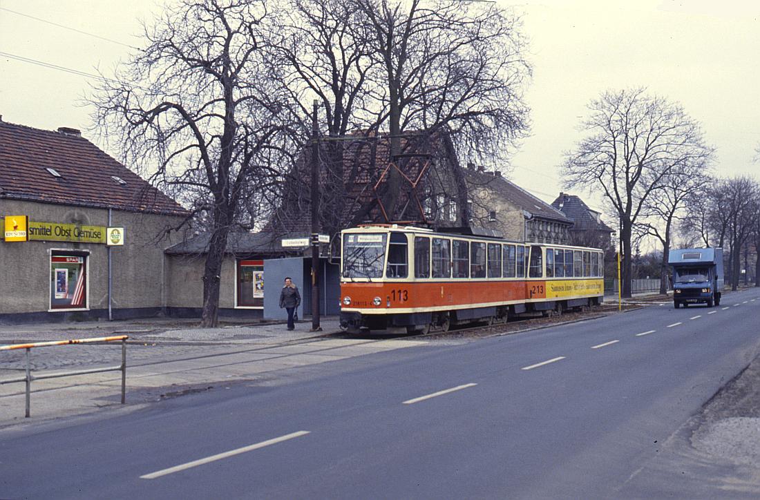 http://www.onkel-wom.de/bilder/straba_berlin/straba_b_09-136.jpg