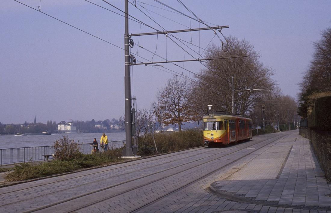 http://www.onkel-wom.de/bilder/straba_bonn/straba_bn_02-102.jpeg