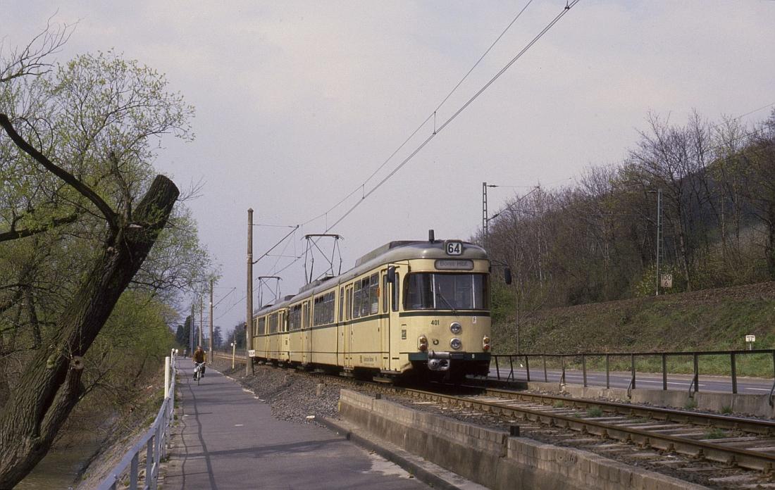 http://www.onkel-wom.de/bilder/straba_bonn/straba_bn_02-106.jpeg