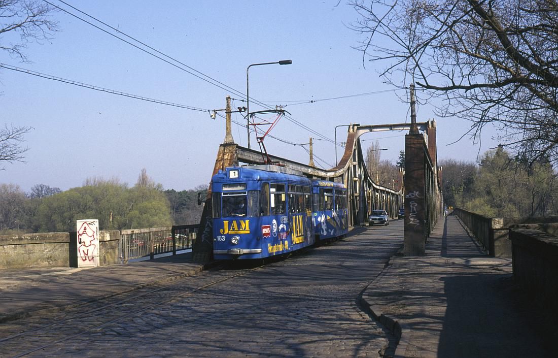 http://www.onkel-wom.de/bilder/straba_brandenburg/brb_03-103.jpg