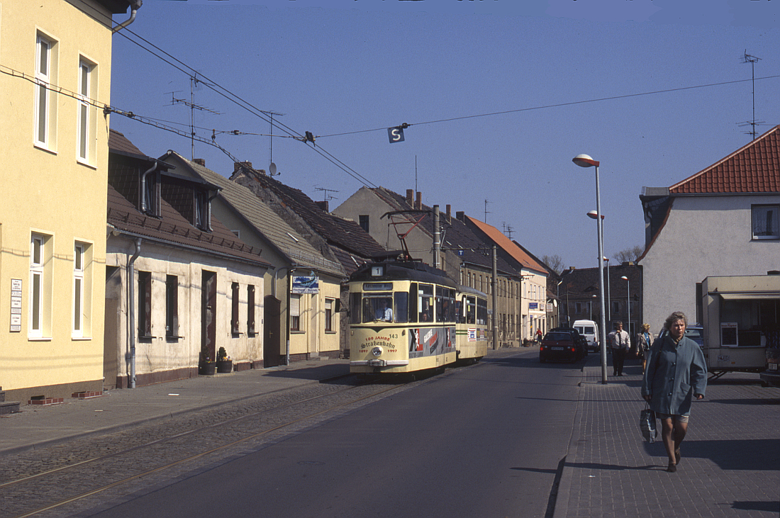http://www.onkel-wom.de/bilder/straba_brandenburg/brb_03-105.jpg