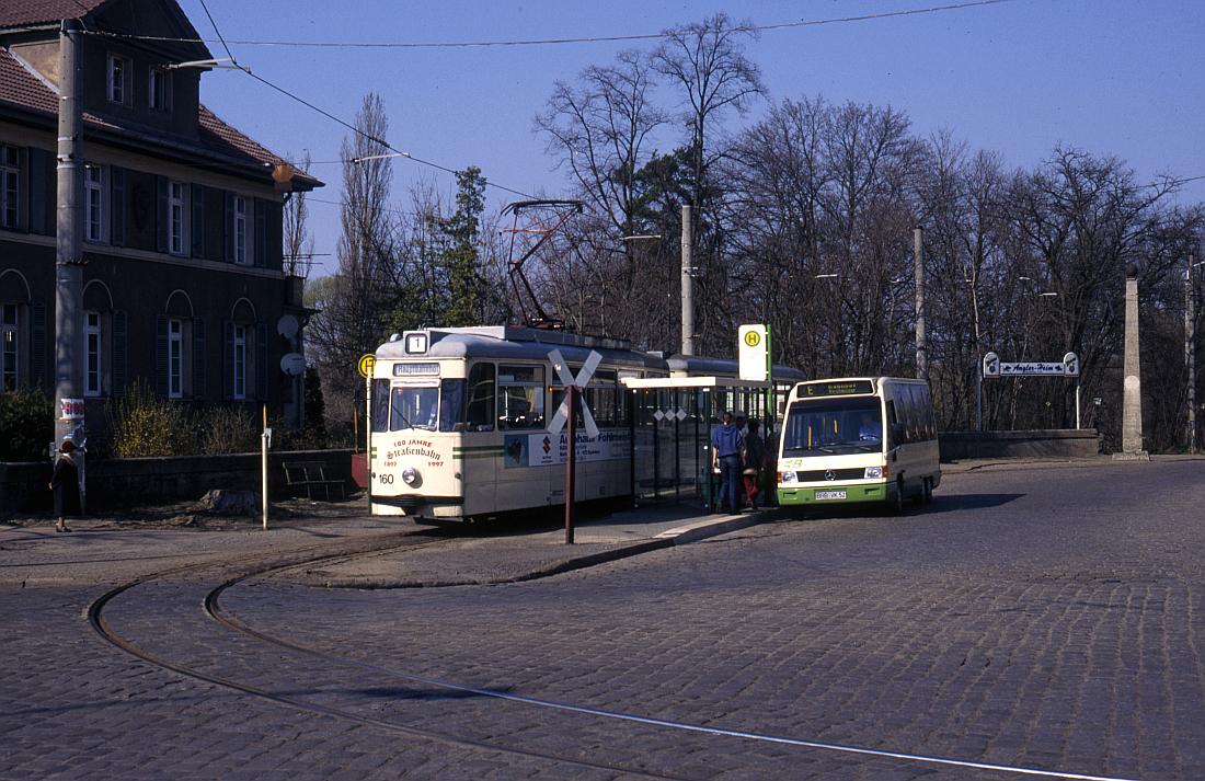 http://www.onkel-wom.de/bilder/straba_brandenburg/brb_03-117.jpg