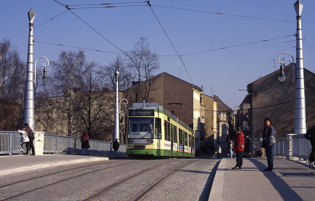 http://www.onkel-wom.de/bilder/straba_brandenburg/brb_03-118.jpg