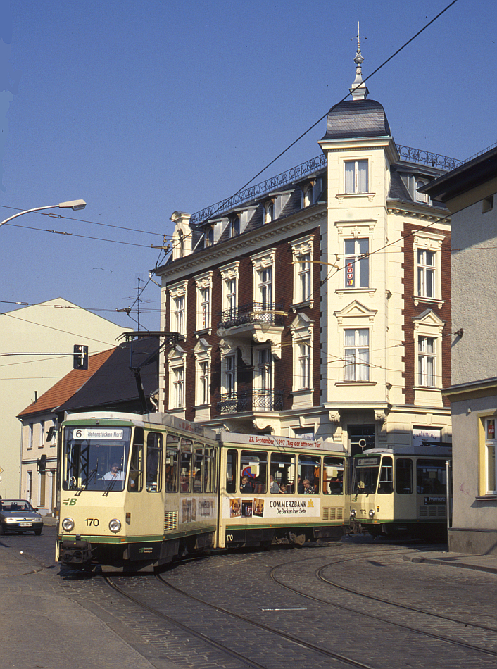 http://www.onkel-wom.de/bilder/straba_brandenburg/brb_03-119.jpg