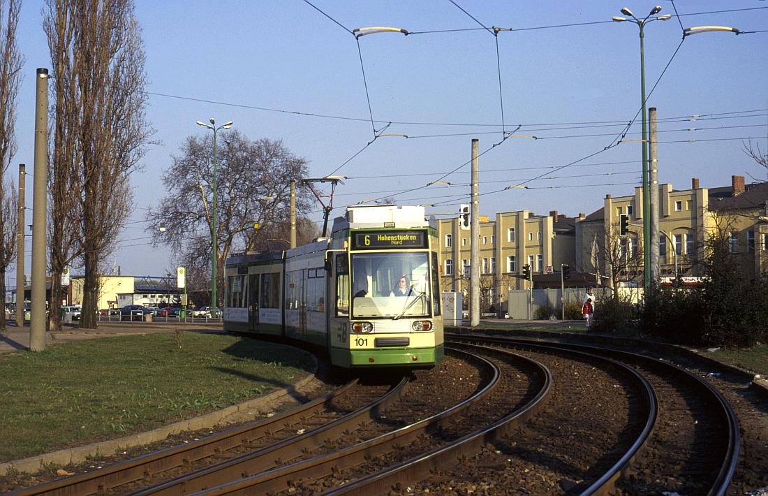 http://www.onkel-wom.de/bilder/straba_brandenburg/brb_03-122.jpg