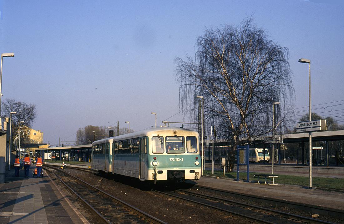 http://www.onkel-wom.de/bilder/straba_brandenburg/brb_03-123.jpg