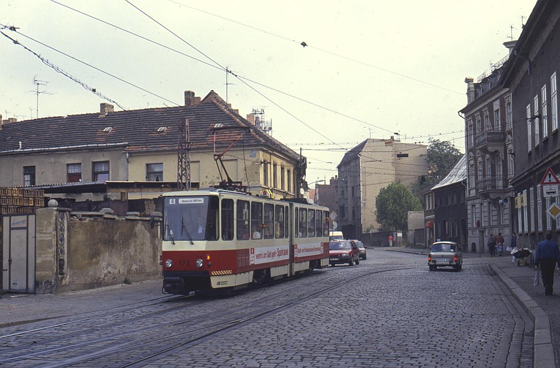 http://www.onkel-wom.de/bilder/straba_brandenburg/brb_04-111.jpg