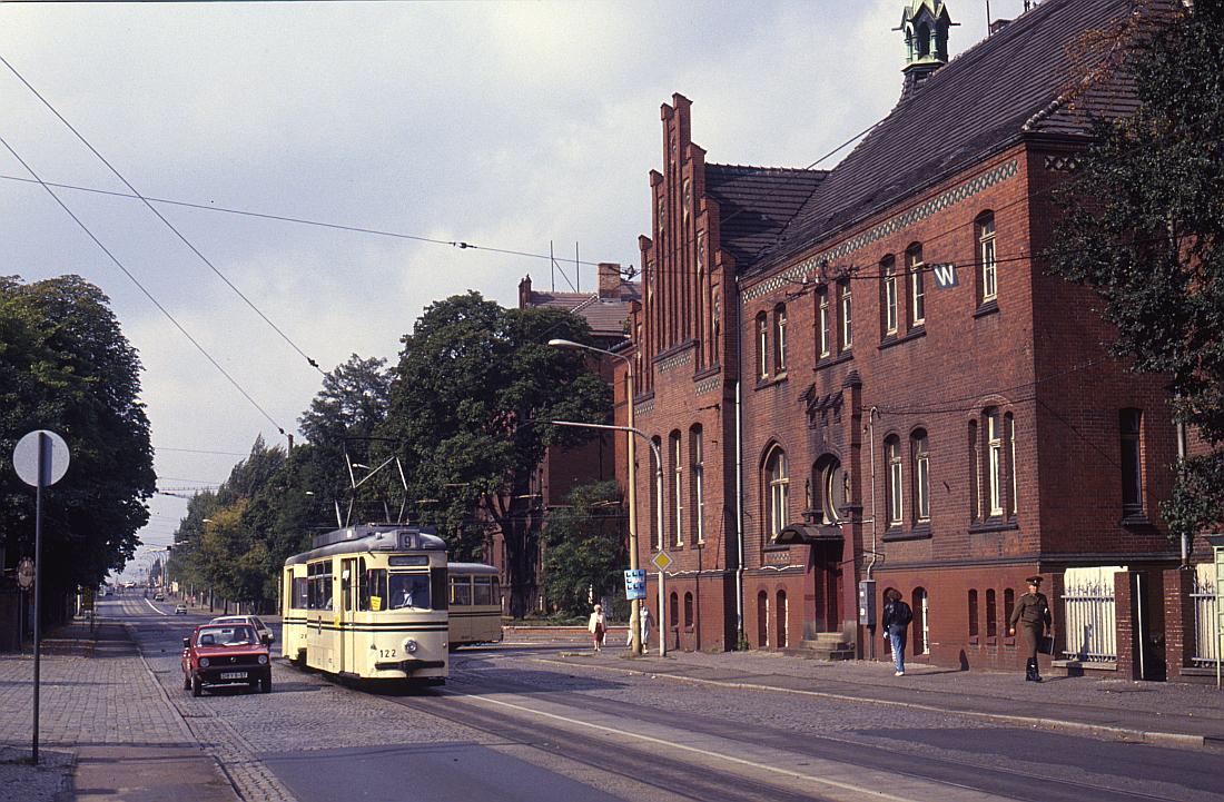 http://www.onkel-wom.de/bilder/straba_brandenburg/brb_04-117.jpg