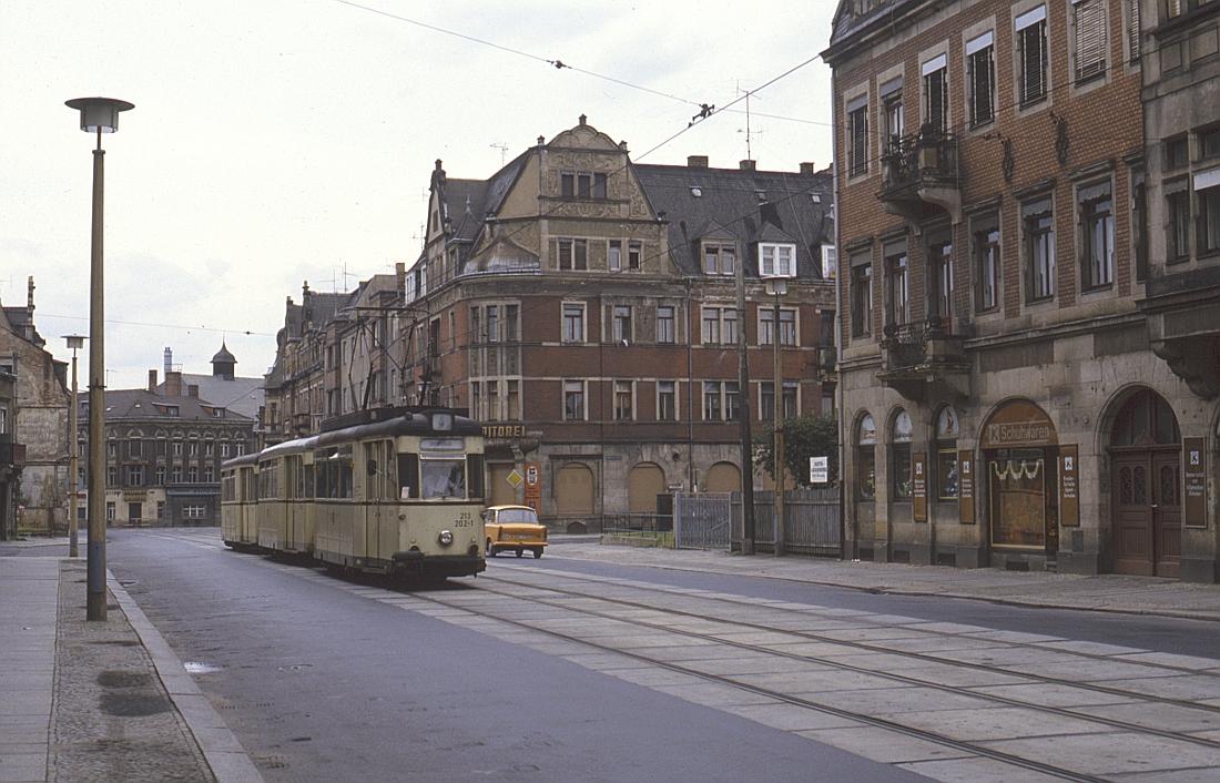 http://www.onkel-wom.de/bilder/straba_dresden/straba_dd_05-109.jpg