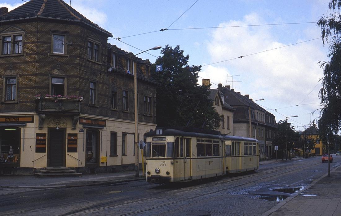http://www.onkel-wom.de/bilder/straba_dresden/straba_dd_07-111.jpg
