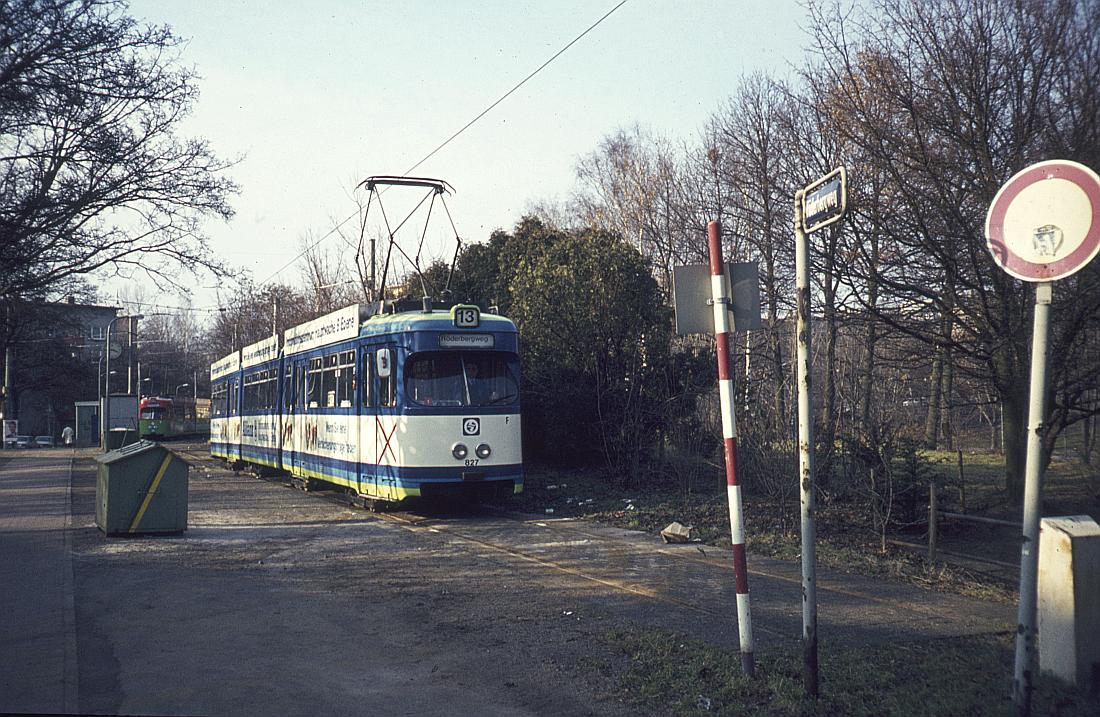 http://www.onkel-wom.de/bilder/straba_frankfurt1/straba_f_17-108.jpg