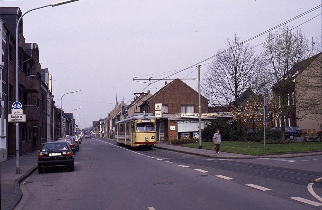 http://www.onkel-wom.de/bilder/straba_krefeld/straba_kr_01-111.jpg