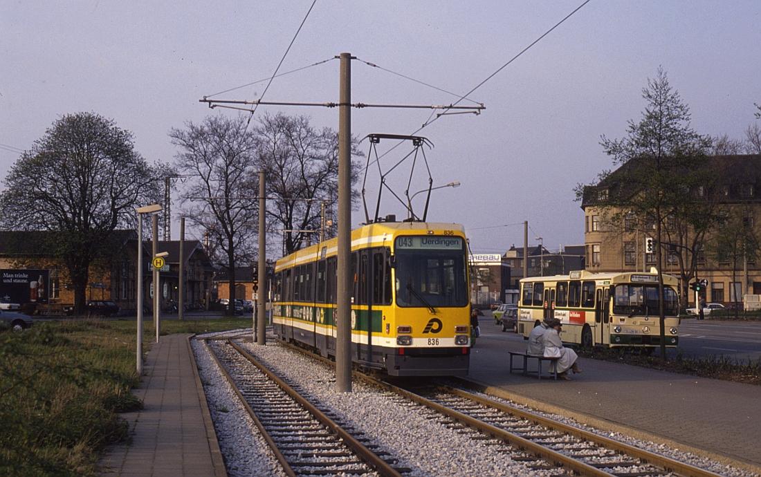 http://www.onkel-wom.de/bilder/straba_krefeld/straba_kr_01-125.jpg