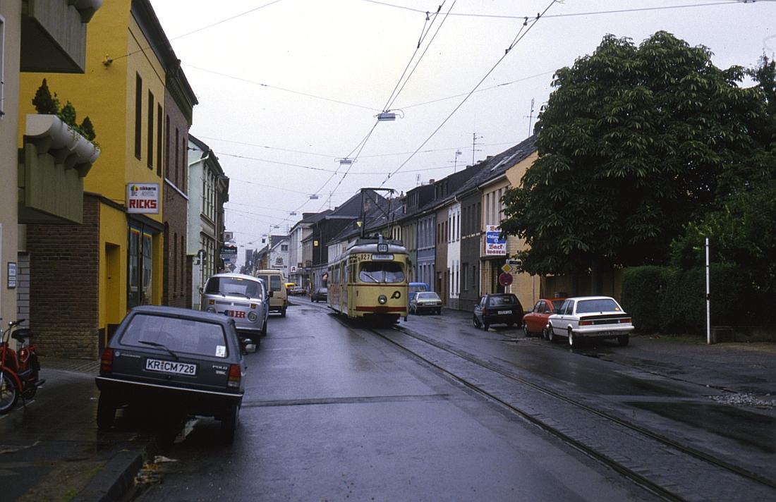 http://www.onkel-wom.de/bilder/straba_krefeld/straba_kr_01-127.jpg
