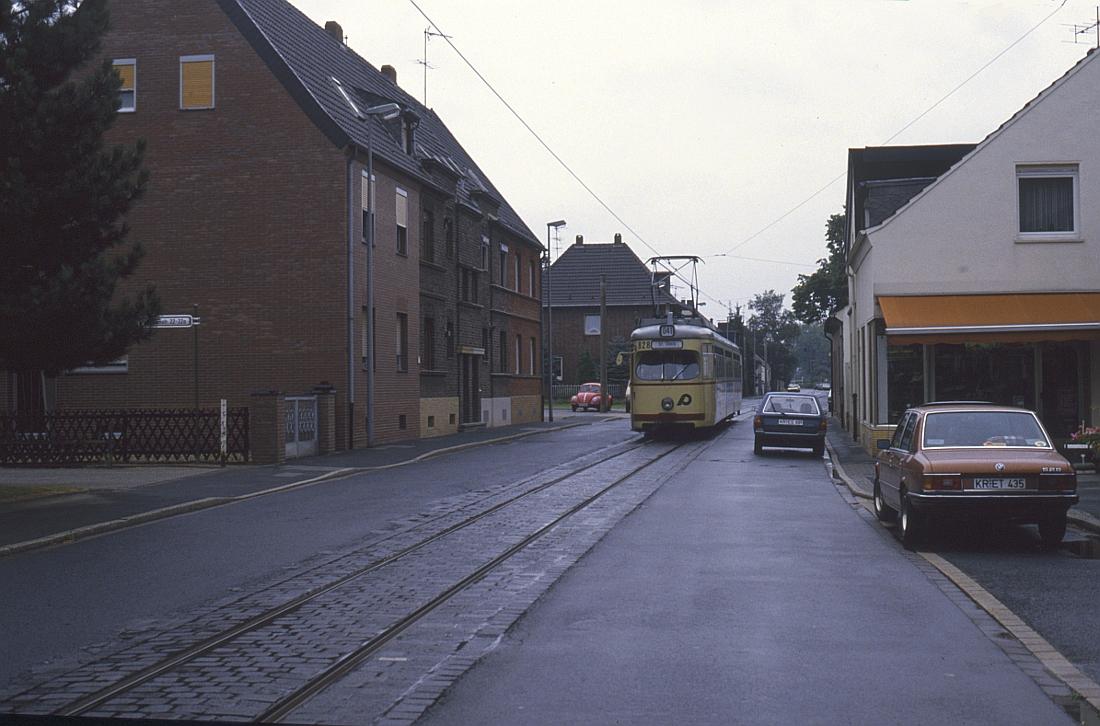 http://www.onkel-wom.de/bilder/straba_krefeld/straba_kr_01-128.jpg