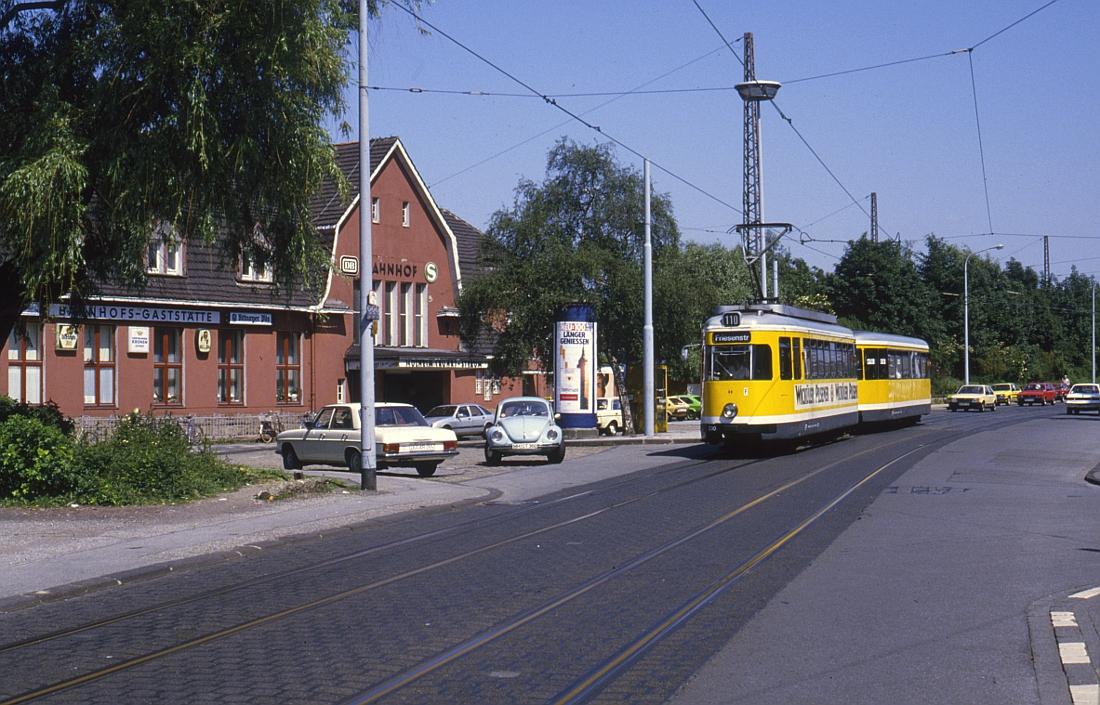 http://www.onkel-wom.de/bilder/straba_muelheim/straba_mh_02-111.jpg