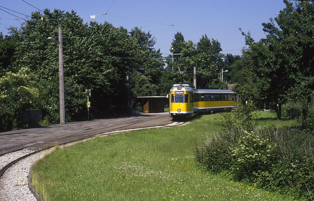 http://www.onkel-wom.de/bilder/straba_muelheim/straba_mh_02-112.jpg