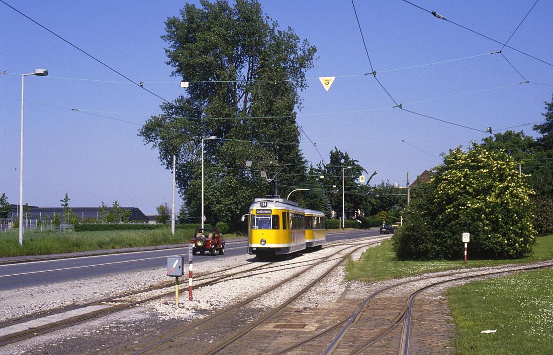 http://www.onkel-wom.de/bilder/straba_muelheim/straba_mh_02-116.jpg