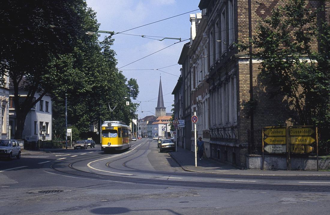 http://www.onkel-wom.de/bilder/straba_muelheim/straba_mh_02-117.jpg