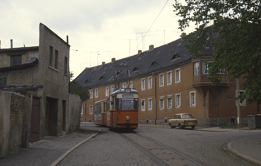 http://www.onkel-wom.de/bilder/straba_naumburg/straba_nmb_06-103.jpg