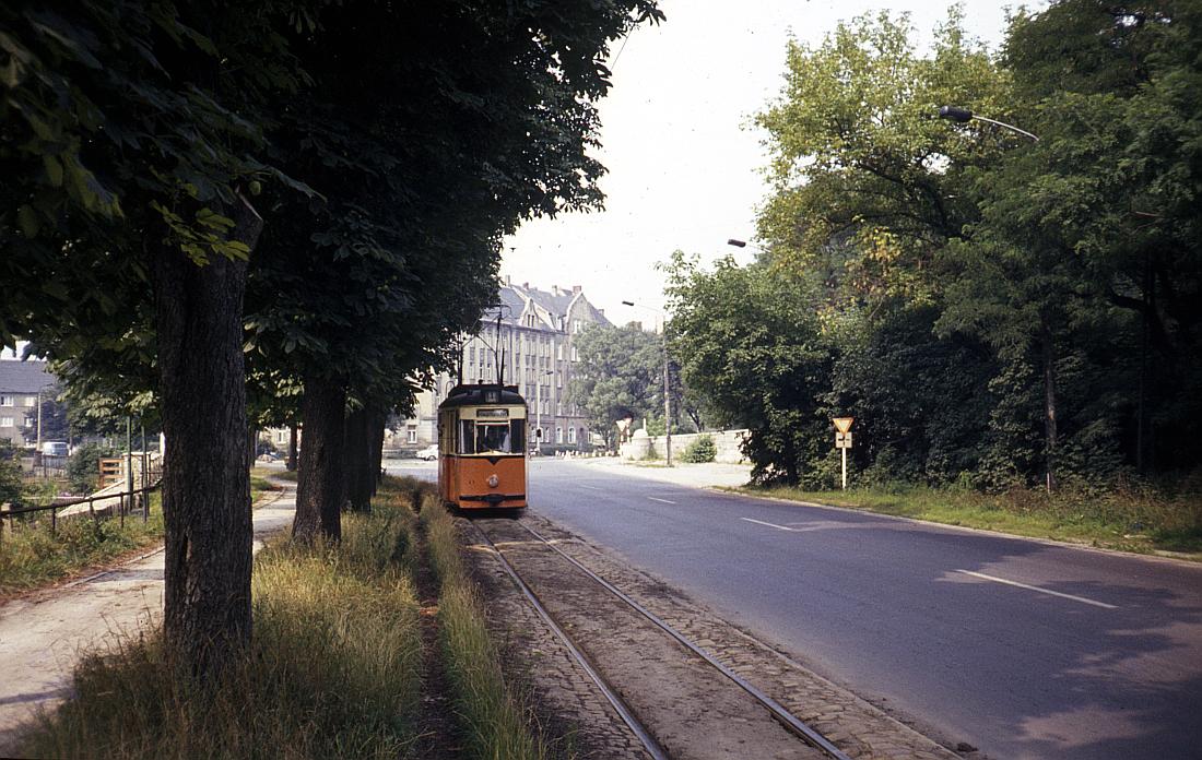 http://www.onkel-wom.de/bilder/straba_naumburg/straba_nmb_06-109.jpg