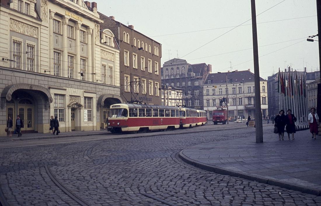 http://www.onkel-wom.de/bilder/straba_schwerin/straba_sn_01-123.jpeg