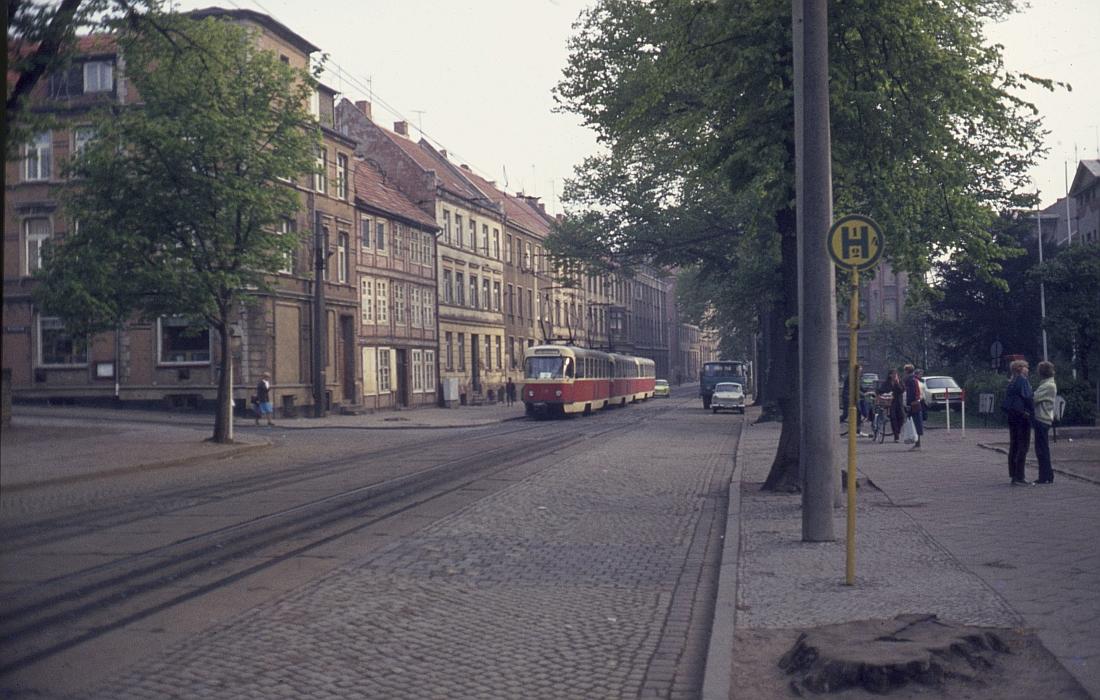 http://www.onkel-wom.de/bilder/straba_schwerin/straba_sn_01-127.jpeg