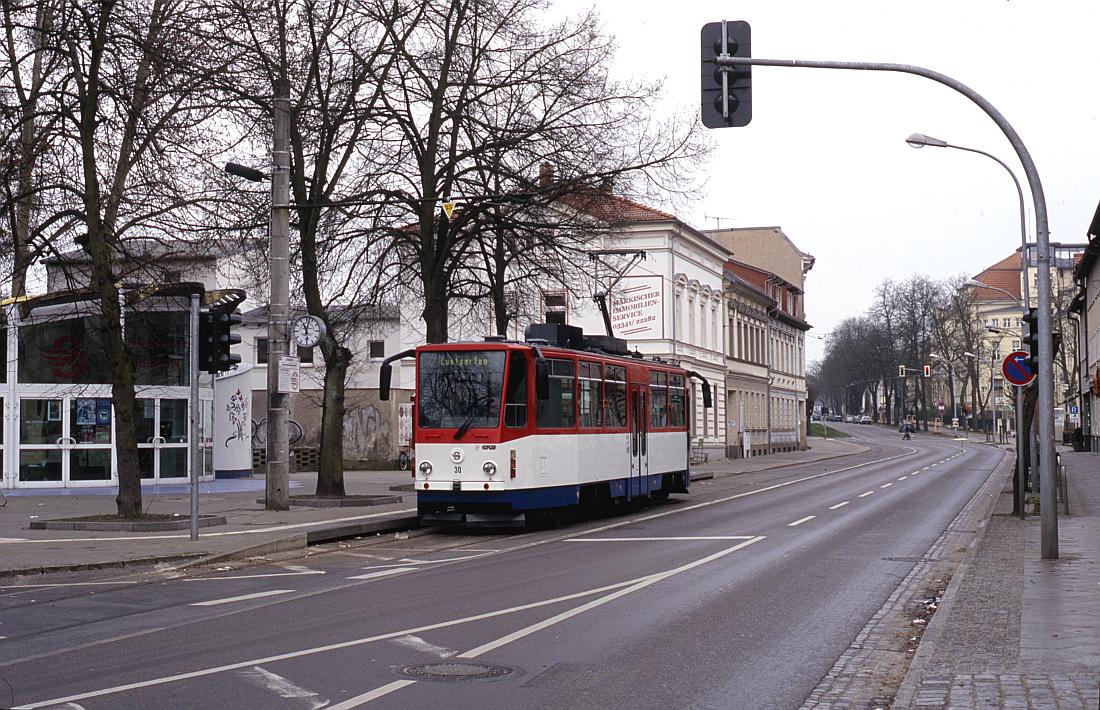 http://www.onkel-wom.de/bilder/straba_strausberg/straba_srb_02-101.jpg