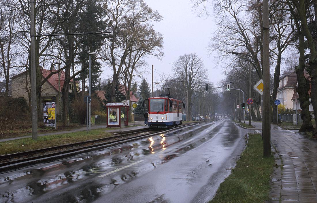 http://www.onkel-wom.de/bilder/straba_strausberg/straba_srb_02-105.jpg