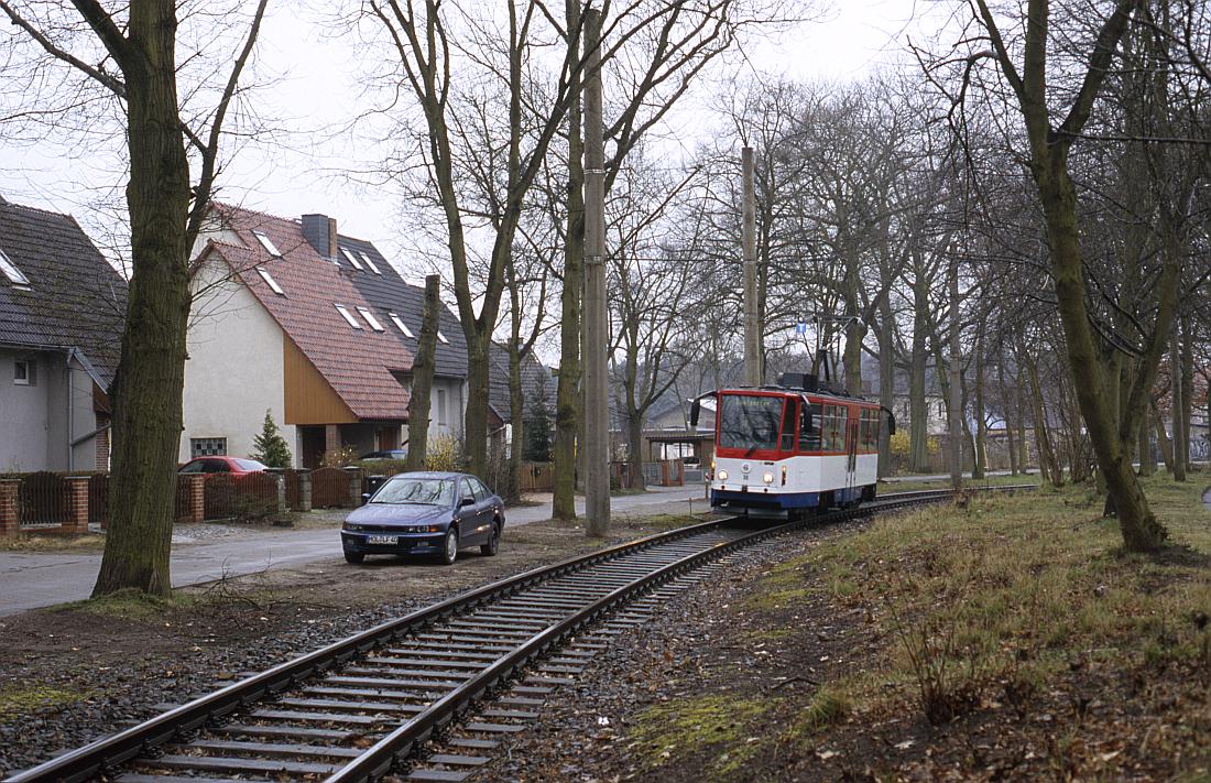 http://www.onkel-wom.de/bilder/straba_strausberg/straba_srb_02-107a.jpg